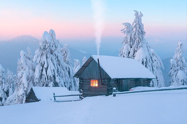 Maison chauffée par un poêle